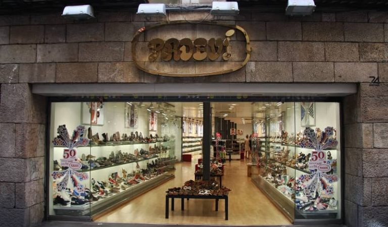 CalçatsPadevítanca definitivament totes les botigues de Barcelona