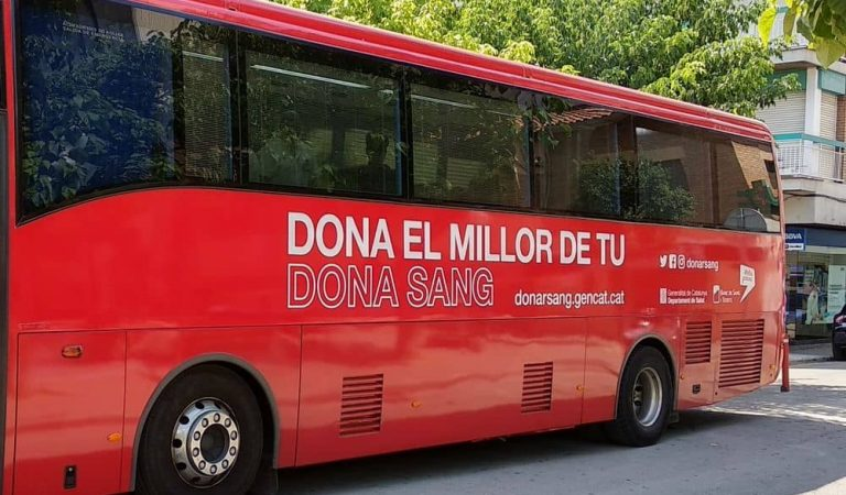 El Departament de Salut habilitarà els autocars del Banc de Sang per la vacunació sense cita