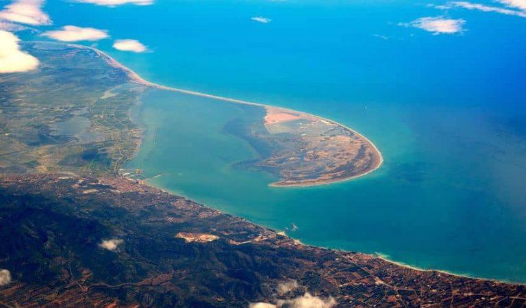 D'aquí a uns anys, el Delta de l'Ebre podria desaparèixer si el nivell del mar puja tan sols un metre.