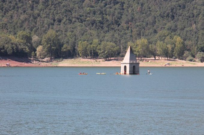 Es confirma que l'església del pantà de Sau és la més antiga del món que es conserva dreta dins de l'aigua.