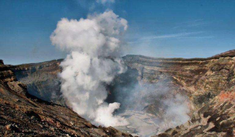 És perillós el núvol de diòxid de sofre del volcà canari que arribarà a Catalunya aquests dies?