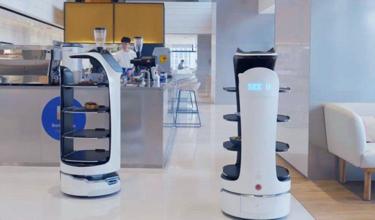 🤖 Un restaurant de Tarragona contracta robots com a cambrers per servir els plats a taula